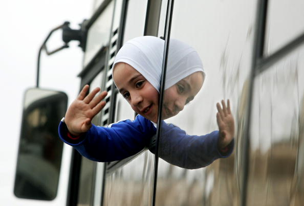 Bus「16 West Bank Exiles Are Allowed To Return Home」:写真・画像(9)[壁紙.com]