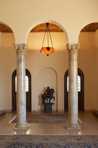 Doorway「Arches, Royal White Palace, Belgrade, Serbia」:写真・画像(2)[壁紙.com]