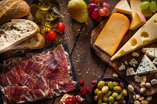 Mediterranean Food「Delicious Mediterranean appetizer shot from above」:スマホ壁紙(6)