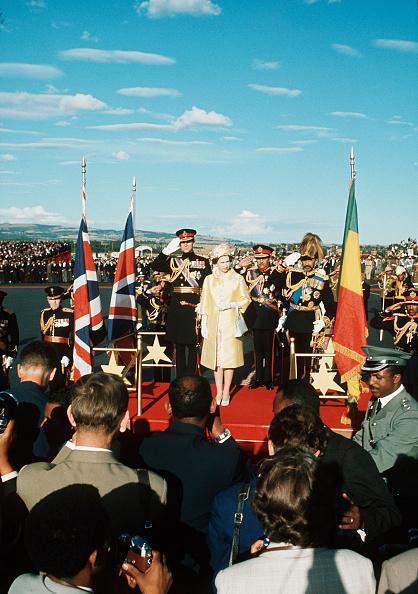Anwar Hussein「ETH: Queen Elizabeth II visits Ethiopia」:写真・画像(15)[壁紙.com]
