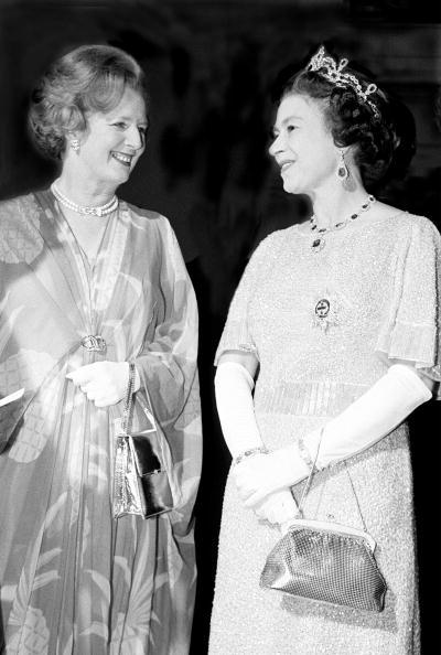 Purse「Thatcher And Queen」:写真・画像(3)[壁紙.com]