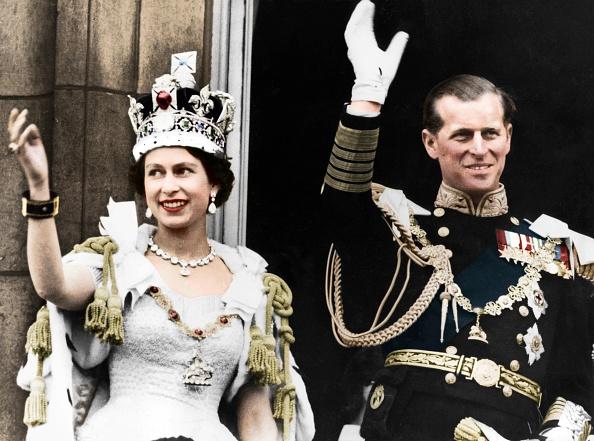 Crown - Headwear「Queen Elizabeth Ii And The Duke Of Edinburgh On Their Coronation Day」:写真・画像(13)[壁紙.com]