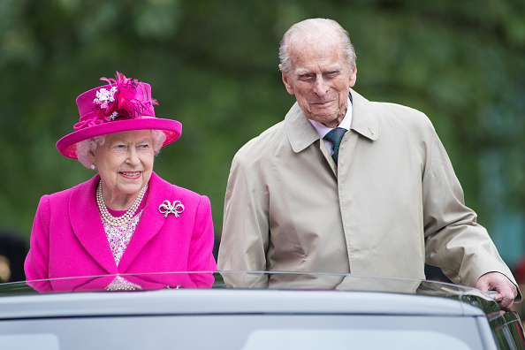 Two People「The Patron's Lunch To Celebrate The Queen's 90th Birthday」:写真・画像(8)[壁紙.com]