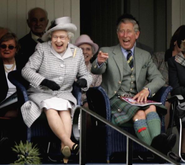 Laughing「Braemar Highland Gathering」:写真・画像(2)[壁紙.com]