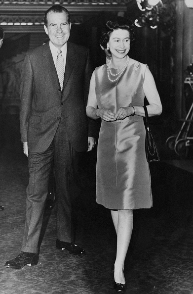 US President「Nixon And The Queen」:写真・画像(1)[壁紙.com]
