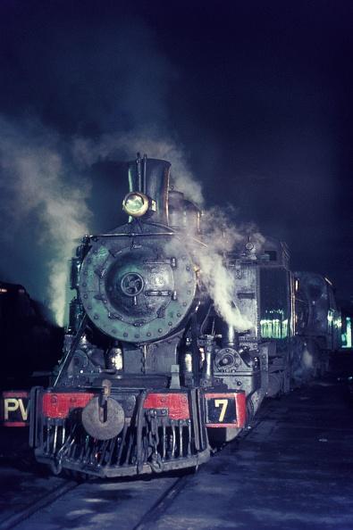 León Province - Spain「Baldwin built Ponferrada & Villablino Railway 2-6-2T 'Arana Lupardo' at Ponferrada shed Wednesday 7th April 1971.」:写真・画像(16)[壁紙.com]