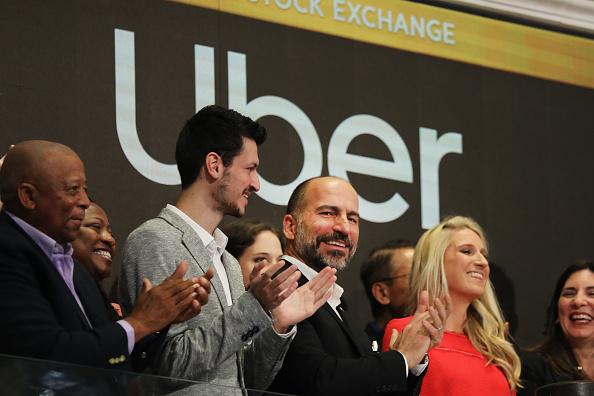 Celebration Event「Uber Begins First Day Of Trading At New York Stock Exchange」:写真・画像(8)[壁紙.com]