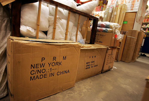 Box - Container「U.S. To Limit Chinese Clothing Imports」:写真・画像(15)[壁紙.com]