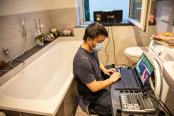 Residential Building「Windowflicks Offers Local Cinema Experience With Social Distancing During The Coronavirus Crisis」:写真・画像(17)[壁紙.com]