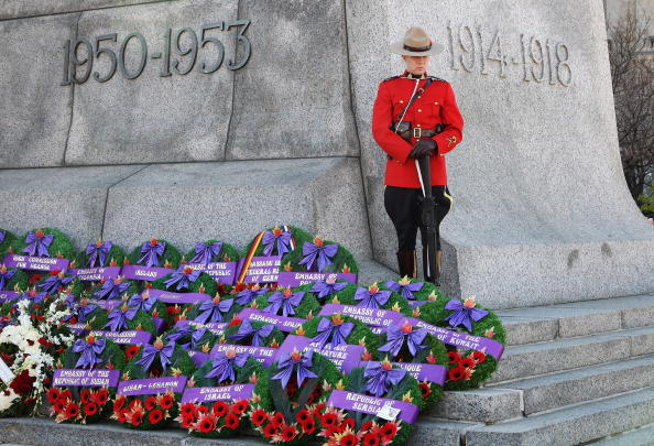 National War Memorial「The Prince Of Wales And Duchess Of Cornwall Visit Canada - Day 10」:写真・画像(1)[壁紙.com]