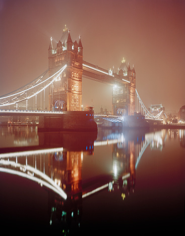 London Bridge - England「London, Tower Bridge, foggy night.」:スマホ壁紙(2)