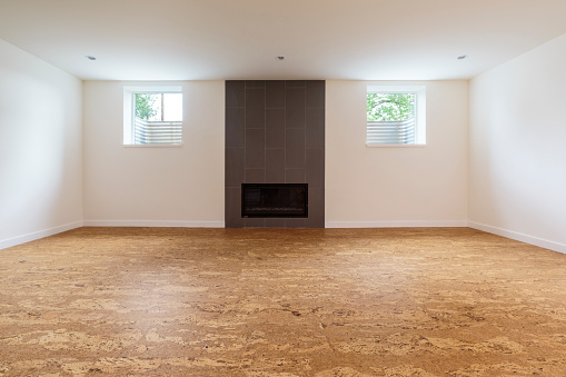 Basement「Cork flooring in unfurnished new home」:スマホ壁紙(13)