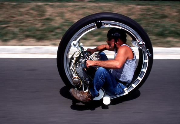 Mode of Transport「Kerry McLean And His Monocycle」:写真・画像(14)[壁紙.com]