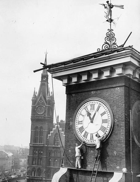 Restoring「Clock Painting」:写真・画像(14)[壁紙.com]