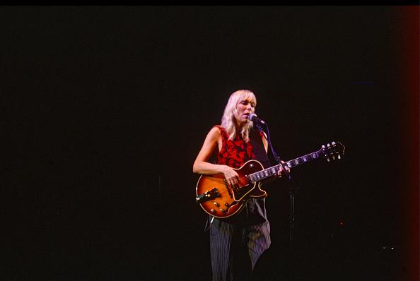 Three Quarter Length「Joni Mitchell Wild Things Tour Wembley Arena」:写真・画像(4)[壁紙.com]