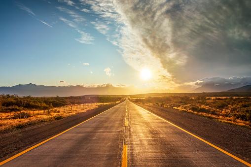 Sunrise - Dawn「End of the World Street in Chile - Patagonia」:スマホ壁紙(17)