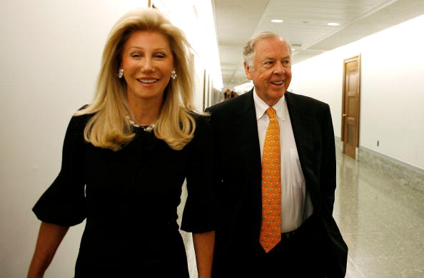 T 「T. Boone Pickens Testifies On Energy Security On Capitol Hill」:写真・画像(14)[壁紙.com]