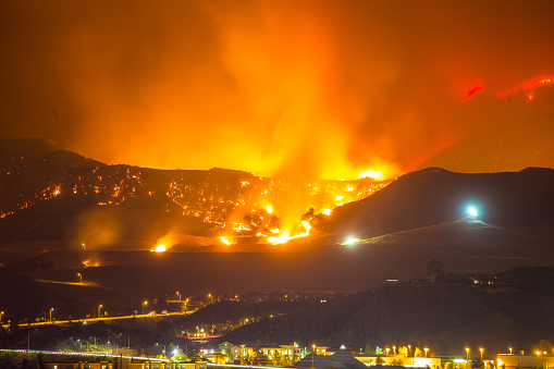 Inferno「Night long exposure photograph of the Santa Clarita wildfire」:スマホ壁紙(8)