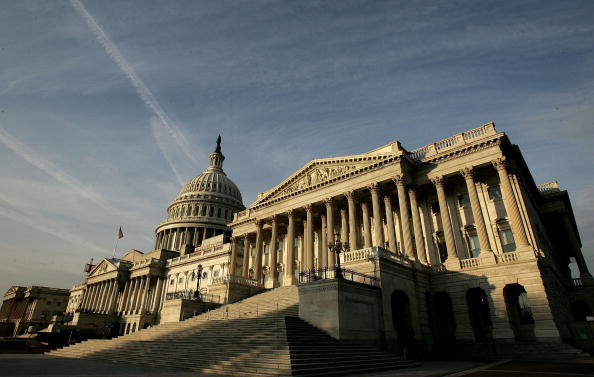 Outdoors「Balance Of Power At Stake As Midterm Elections Draw Near」:写真・画像(3)[壁紙.com]