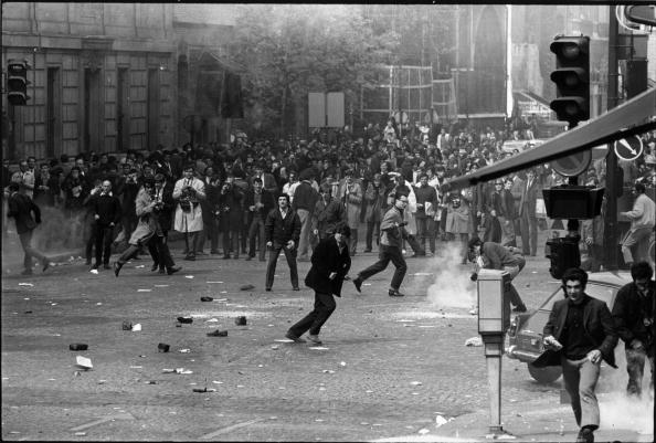 Photography Themes「Student Riot」:写真・画像(1)[壁紙.com]