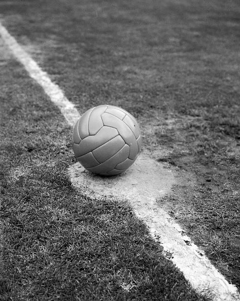 Soccer「Kick Off」:写真・画像(7)[壁紙.com]