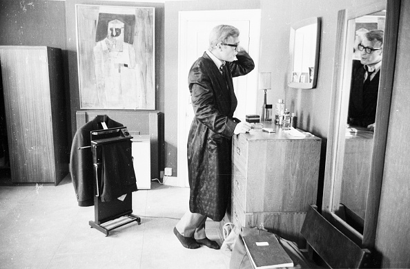 Men「Caine's Toilette」:写真・画像(12)[壁紙.com]