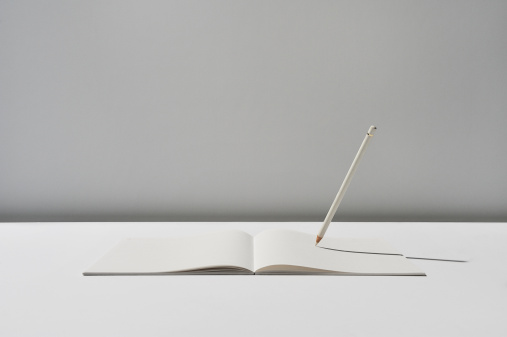 Imagination「Notebook and pencil on white background」:スマホ壁紙(16)
