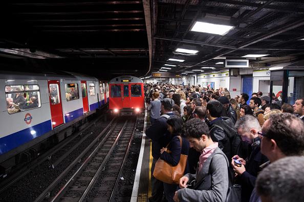 Transportation「London Underground 48-hour Tube Strike Affects Rush Hour」:写真・画像(16)[壁紙.com]