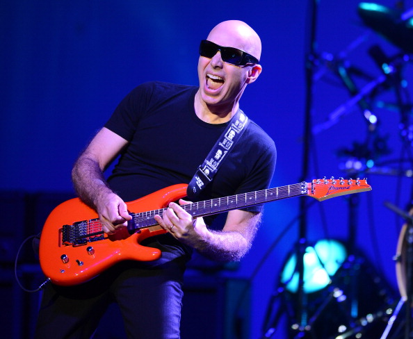 The Pearl Concert Theater「Joe Satriani And Steve Morse In Concert At The Pearl At The Palms」:写真・画像(8)[壁紙.com]