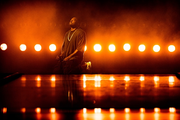 Kanye West - Musician「2015 iHeartRadio Music Festival - Night 1 - Show」:写真・画像(19)[壁紙.com]