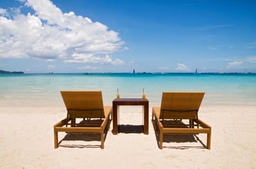 Caribbean「Beach Chairs on White Sand」:スマホ壁紙(9)