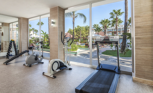 Exercise Room「Small Gym center in resort hotel」:スマホ壁紙(5)