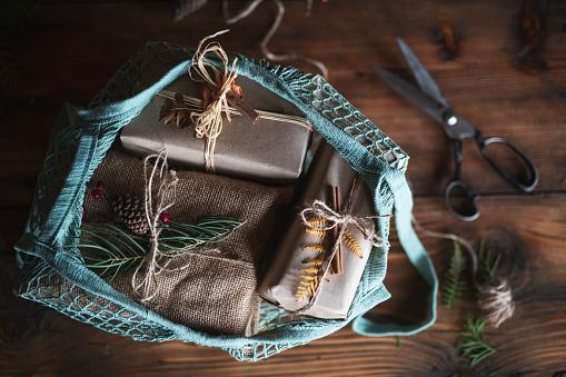 Christmas Paper「Bag With Christmas Presents.」:スマホ壁紙(0)