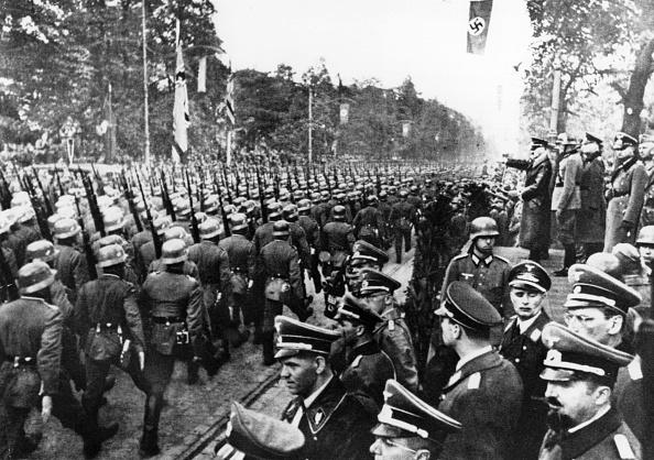 Poland「Warsaw Parade」:写真・画像(14)[壁紙.com]