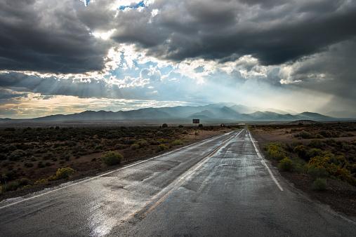 Storm Cloud「Country Road in Rainstorm」:スマホ壁紙(12)
