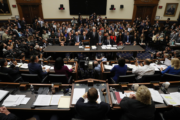 Capitol Hill「Mueller Testifies On Investigation Into Election Interference Before House Committees」:写真・画像(0)[壁紙.com]
