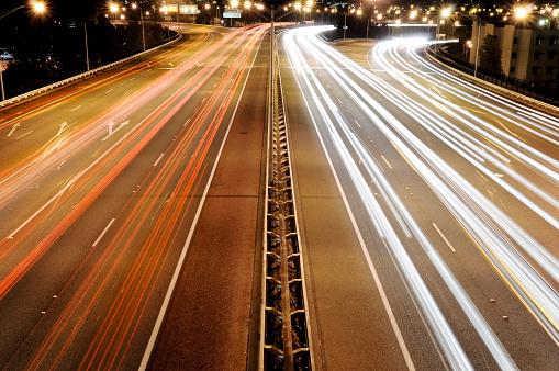 Approaching「Busy Traffic at Night」:スマホ壁紙(6)
