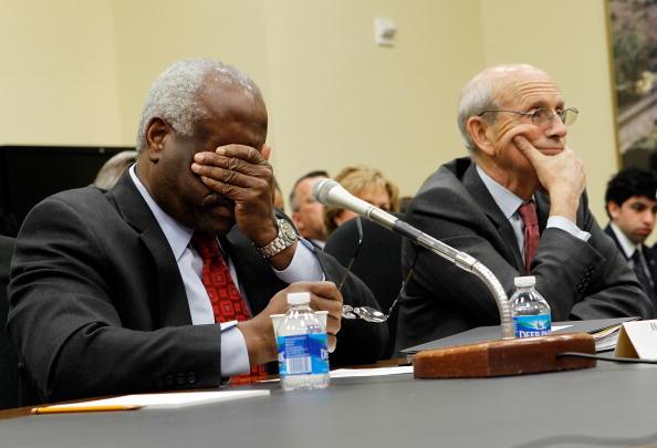 Alex Wong「Justices Thomas And Breyer Testify On U.S. Supreme Court FY2011 Budget」:写真・画像(17)[壁紙.com]