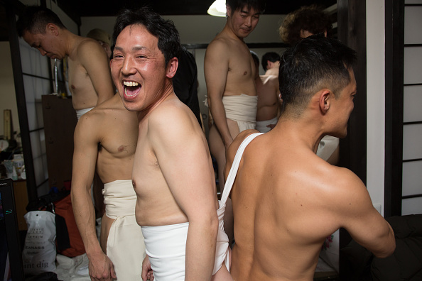 Japan「Naked Festival Takes Place At Saidaiji Temple」:写真・画像(11)[壁紙.com]