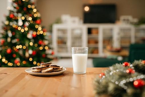 Celebration「Milk and cookies for Santa Claus」:スマホ壁紙(10)