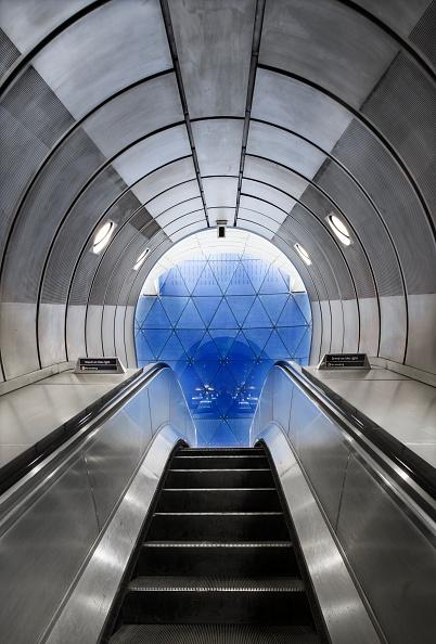 Architecture「Southwark Underground Station」:写真・画像(19)[壁紙.com]