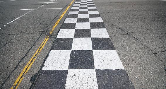Success「Racing Finish-Line」:スマホ壁紙(10)