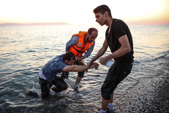 Mediterranean Sea「Migrants Arrive On The Beaches Of Kos In Greece」:写真・画像(14)[壁紙.com]