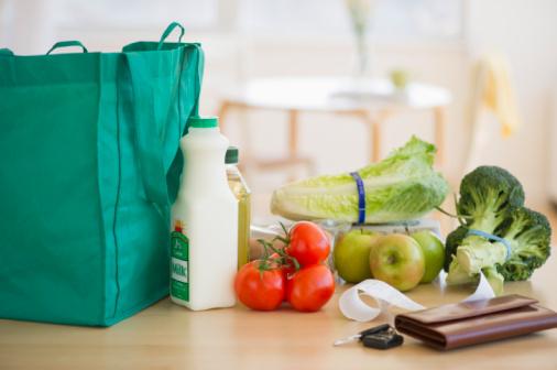 Wallet「Groceries on kitchen counter」:スマホ壁紙(7)