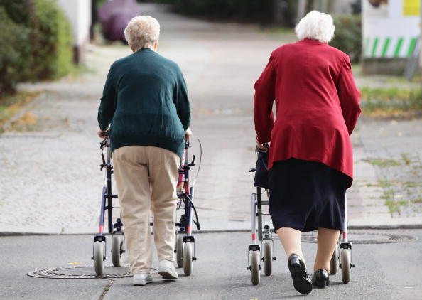 Street「German Elderly Population Growing」:写真・画像(5)[壁紙.com]