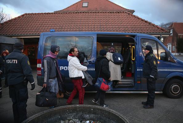 Denmark「Denmark Imposes Stricter Controls Across Their Border With Germany」:写真・画像(2)[壁紙.com]