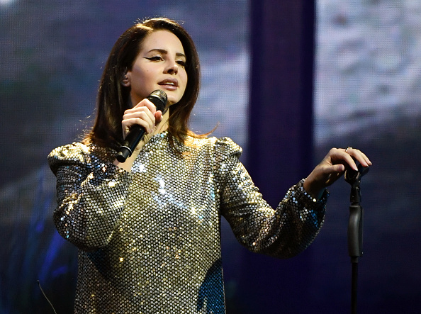 Performance「Lana Del Rey In Concert At Mandalay Bay In Las Vegas」:写真・画像(17)[壁紙.com]