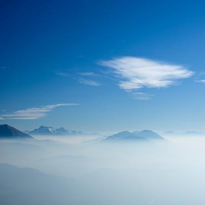 Auvergne-Rhône-Alpes「Mountain  Landscape」:スマホ壁紙(4)