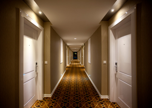 Long「Hotel Corridor」:スマホ壁紙(10)