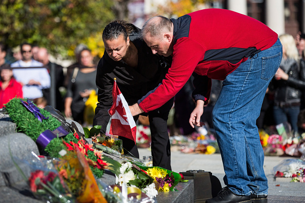 Nathan Cirillo「Ottawa On Alert After Shootings At Nation's Capitol」:写真・画像(3)[壁紙.com]